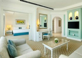 dubaj-hotel-habtoor-grand-beach-resort-spa-122.jpg