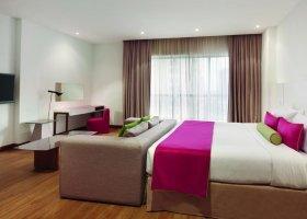 dubaj-hotel-hawthorn-hotel-suites-by-wyndham-jbr-050.jpg