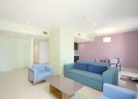 dubaj-hotel-hawthorn-hotel-suites-by-wyndham-jbr-065.jpg