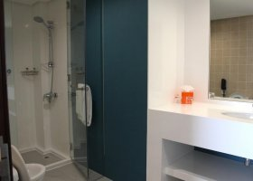 dubaj-hotel-hawthorn-hotel-suites-by-wyndham-jbr-080.jpg