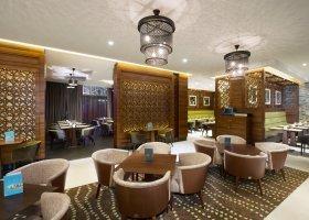 dubaj-hotel-hilton-garden-inn-dubai-al-muraqabat-004.jpg