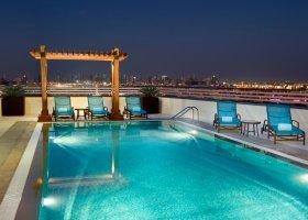 dubaj-hotel-hilton-garden-inn-dubai-al-muraqabat-005.jpg
