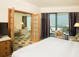 dubaj-hotel-hilton-jumeirah-resort-135.jpg