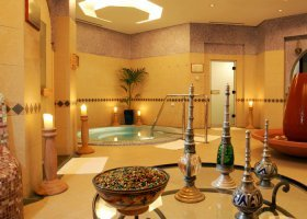 dubaj-hotel-ja-palm-tree-court-013.jpg