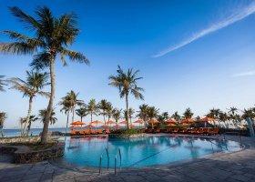 dubaj-hotel-ja-palm-tree-court-076.jpg