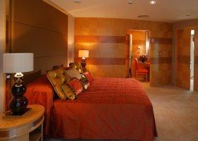 dubaj-hotel-jumeirah-beach-hotel-002.jpg