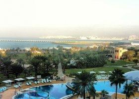 dubaj-hotel-le-royal-meridien-beach-008.jpg