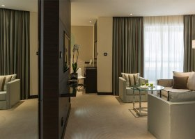 dubaj-hotel-le-royal-meridien-beach-011.jpg
