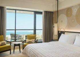 dubaj-hotel-le-royal-meridien-beach-043.jpg