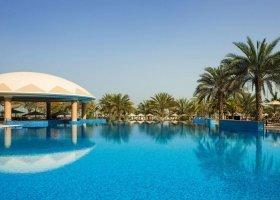 dubaj-hotel-le-royal-meridien-beach-085.jpg