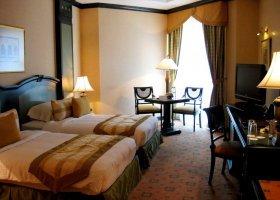 dubaj-hotel-metropolitan-palace-hotel-001.jpg