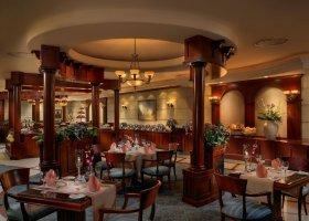 dubaj-hotel-metropolitan-palace-hotel-006.jpg
