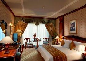 dubaj-hotel-metropolitan-palace-hotel-008.jpg