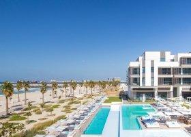 dubaj-hotel-nikki-beach-001.jpg