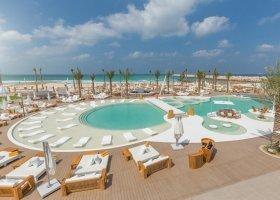 dubaj-hotel-nikki-beach-009.jpg