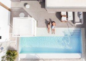 dubaj-hotel-nikki-beach-030.jpg