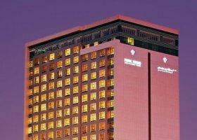 dubaj-hotel-park-regis-kris-kin-009.jpg