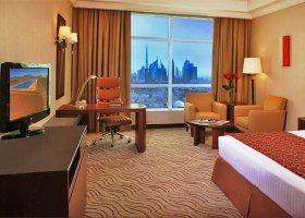 dubaj-hotel-park-regis-kris-kin-010.jpg