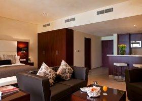 dubaj-hotel-ramada-plaza-033.jpg