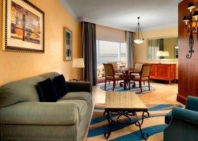 dubaj-hotel-sheraton-jumeirah-beach-resort-027.jpg