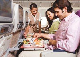 emirates-economy-005.jpg