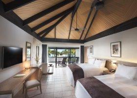 fidzi-hotel-doubletree-resort-by-hilton-fiji-080.jpg