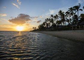fidzi-hotel-outrigger-fiji-beach-resort-106.jpg