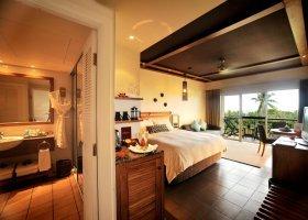 fidzi-hotel-outrigger-on-the-lagoon-fiji-064.jpg