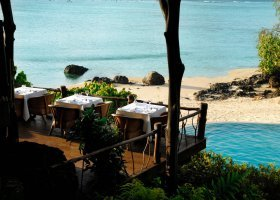 fidzi-hotel-pacific-resort-aitutaki-027.jpg