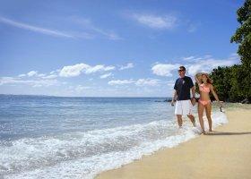 fidzi-hotel-taveuni-island-resort-spa-023.jpg