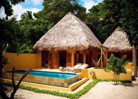 fidzi-hotel-vatulele-island-resort-004.jpg