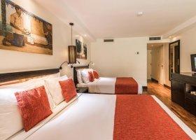 fidzi-hotel-warwick-fiji-resort-spa-093.jpg