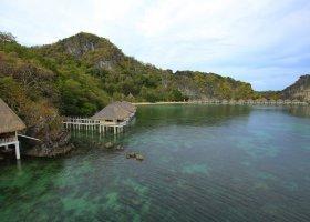 filipiny-hotel-apulit-island-resort-003.jpg