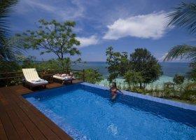filipiny-hotel-eskaya-beach-045.jpg