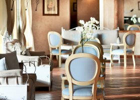 italie-hotel-colonna-porto-cervo-001.jpg