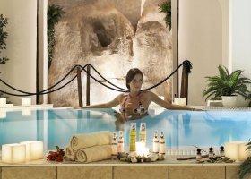 italie-hotel-colonna-porto-cervo-006.jpg
