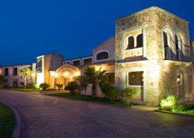 italie-hotel-colonna-porto-cervo-048.jpg
