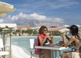 italie-hotel-grande-baia-012.jpg