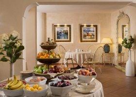 italie-hotel-la-bisaccia-007.jpg