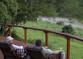 jihoafricka-republika-hotel-amakhosi-safari-lodge-008.jpg