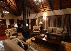 jihoafricka-republika-hotel-amakhosi-safari-lodge-017.jpg