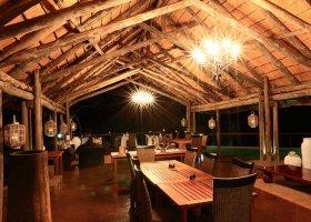 jihoafricka-republika-hotel-amakhosi-safari-lodge-021.jpg