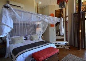 jihoafricka-republika-hotel-amakhosi-safari-lodge-034.jpg