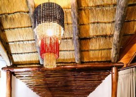 jihoafricka-republika-hotel-amakhosi-safari-lodge-036.jpg
