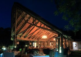 jihoafricka-republika-hotel-amakhosi-safari-lodge-040.jpg