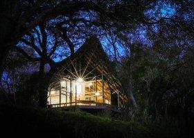 jihoafricka-republika-hotel-amakhosi-safari-lodge-044.jpg