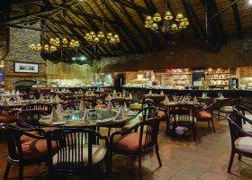 jihoafricka-republika-hotel-bakubung-lodge-002.jpg