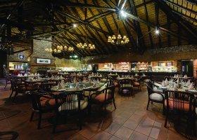 jihoafricka-republika-hotel-bakubung-lodge-009.jpg
