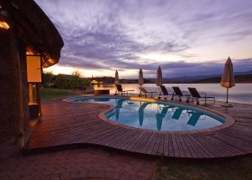 jihoafricka-republika-hotel-buffelsdrift-game-lodge-008.jpg