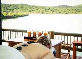 jihoafricka-republika-hotel-buffelsdrift-game-lodge-015.jpg